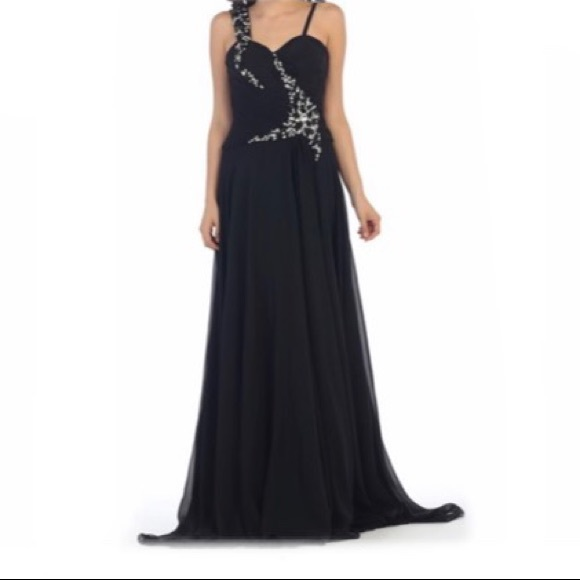 Black Bead-Accent Sweetheart Gown